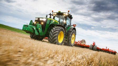 John Deere Traktor komp